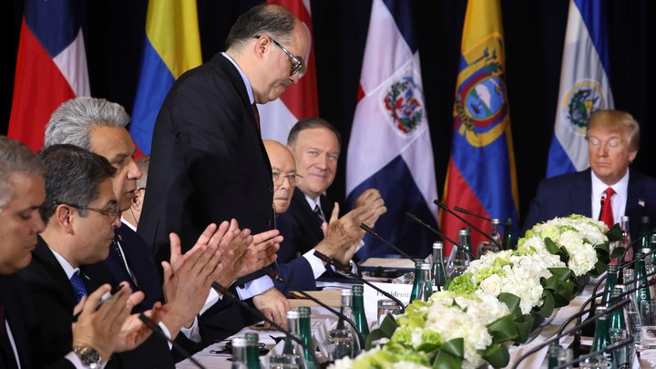 Julio Borges stands as Latin American diplomats, Mike Pompeo, and Donald Trump applaud.
