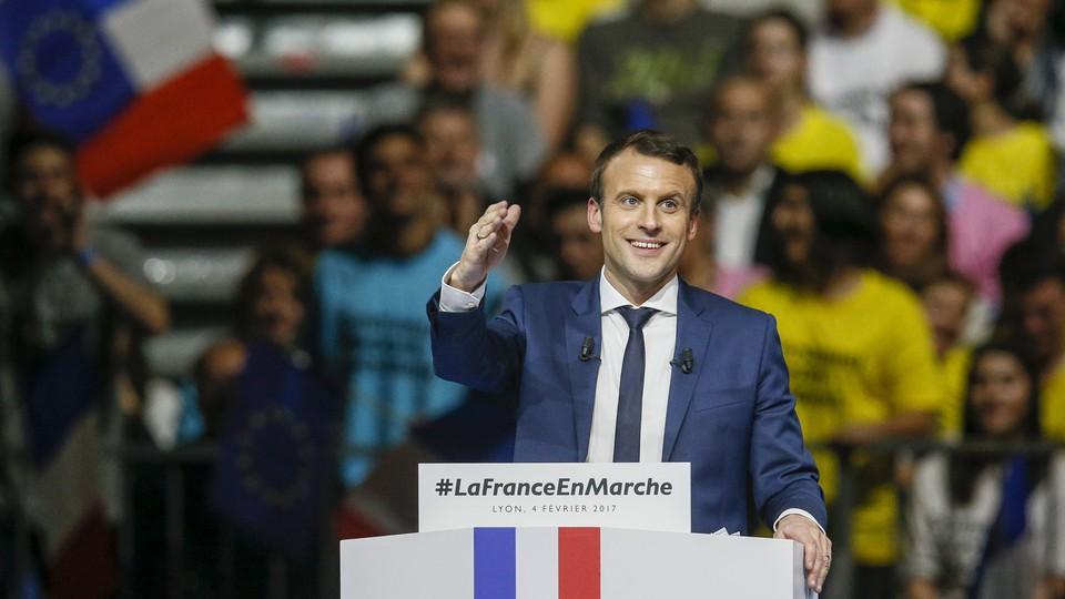 Independent candidate Emmanuel Macron