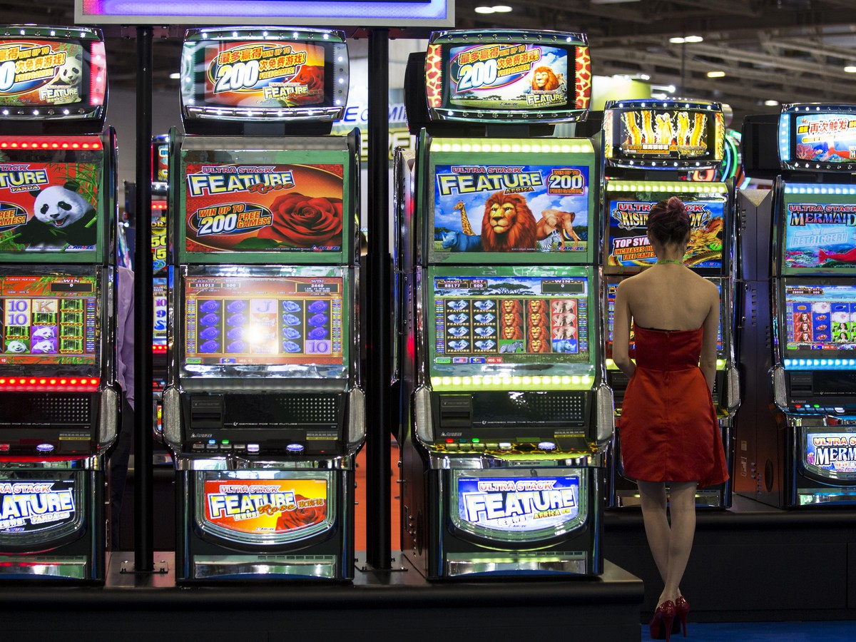 Gambling Online, Gambling in Casinos: What's More Addictive? - The Atlantic