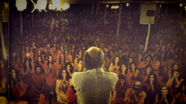 A still of Bhagwan Shree Rajneesh in 'Wild Wild Country'