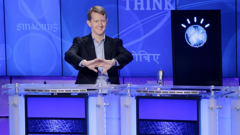 Ken Jennings cracks his knuckles on Jeopardy