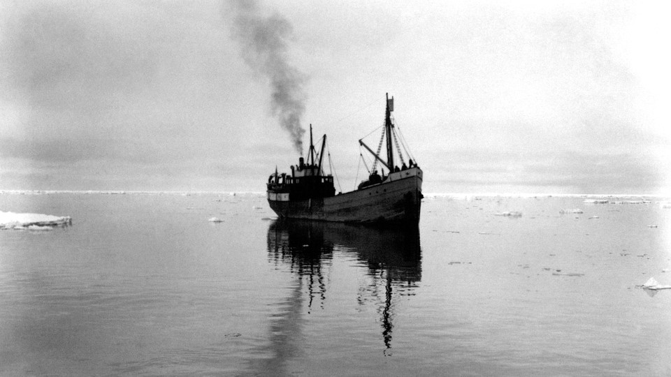 The whaling ship Hobby sailing around the Svalbard islands