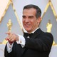 Eric Garcetti points to a camera at the Academy Awards.