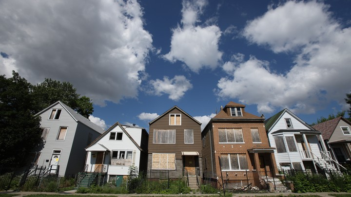 Foreclosed homes in Chicago