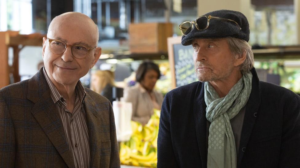 Alan Arkin (Norman) and Michael Douglas (Sandy) star in Chuck Lorre's 'The Kominsky Method' on Netflix.