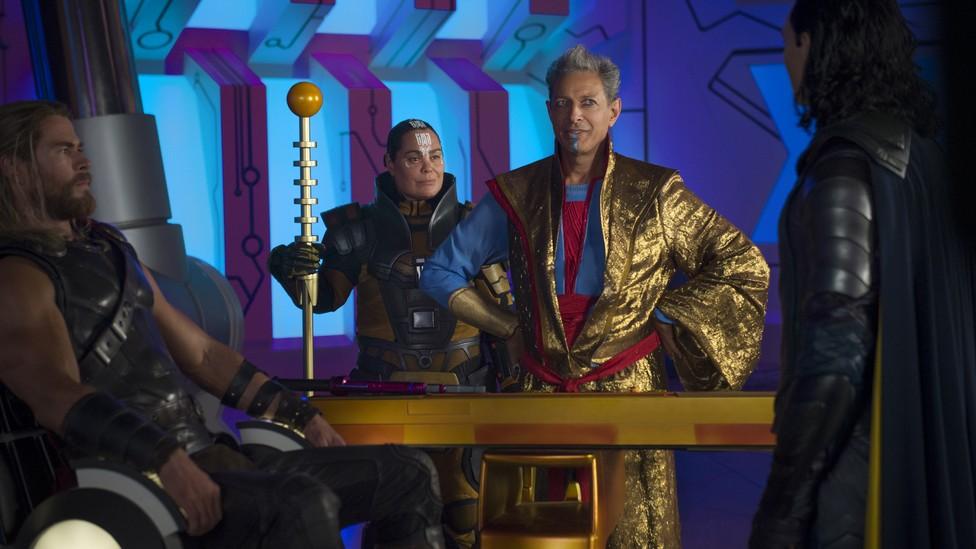Thor (Chris Hemsworth), Topaz (Rachel House), Grandmaster (Jeff Goldblum), and Loki (Tom Hiddleston)