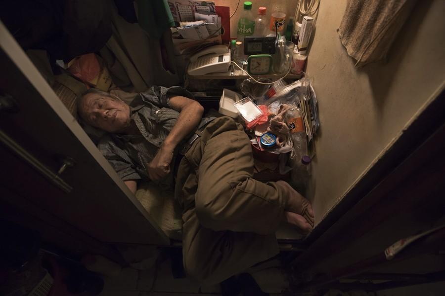 The 'Coffin Homes' of Hong Kong - The Atlantic