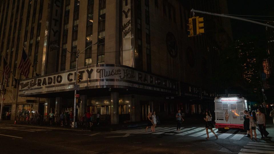 Radio City Music Hall sits dark during the 2019 Manhattan blackout.