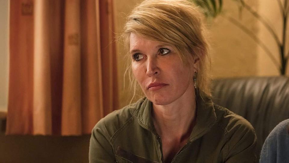 Emma (Julia Davis) in an episode of HBO's 'Sally4Ever'
