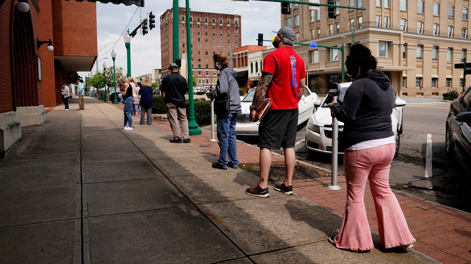 People waiting in line to file for unemployment in Arkansas