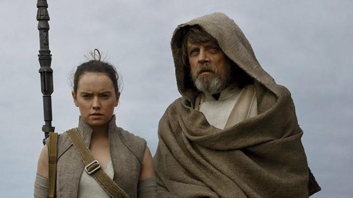 Daisy Ridley and Mark Hamill in 'The Last Jedi'
