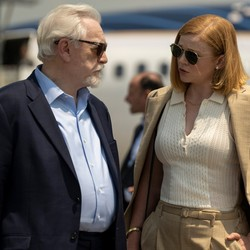 Brian Cox and Sarah Snook near a private jet on 'Succession'